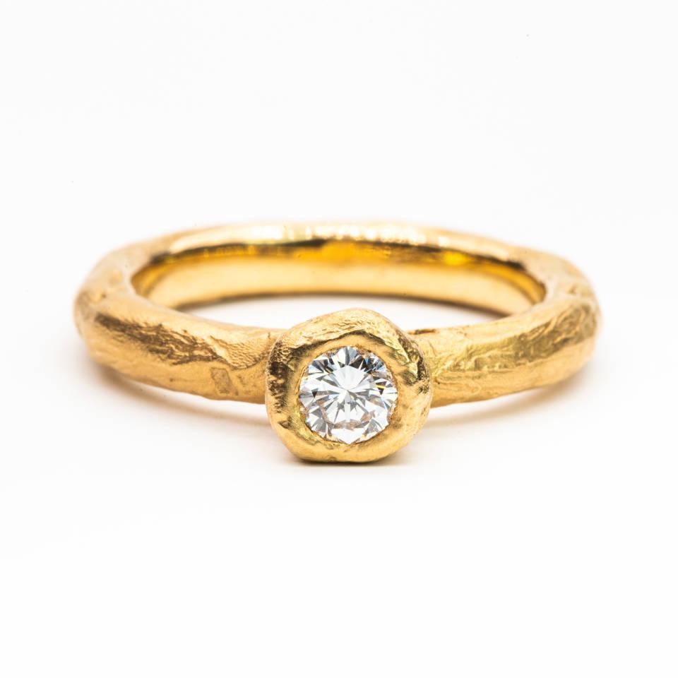 """Obizzi Yes"" Ring"